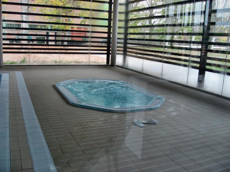 Apertura piscina climatizada y gimnasio for Gimnasio y piscina